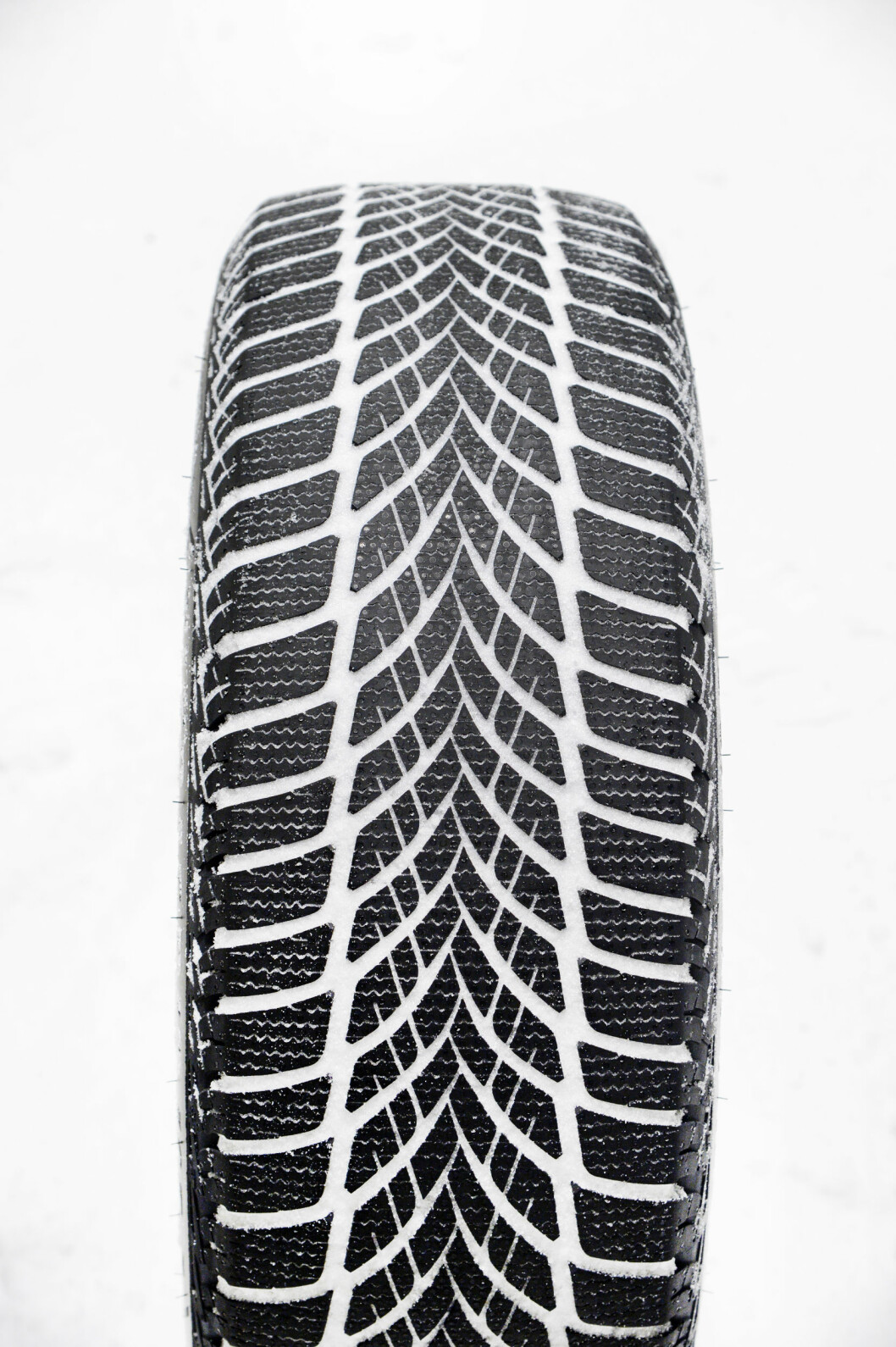 BEST PÅ ASFALT: Goodyear Ultra Grip Ice 2