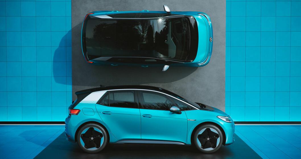 ÅPNER SALGET: ID.3 er elbilen som åpner en ny æra for verdens største bilprodusent, Volkswagen. Trang fødsel til tross – de endelige prisene er nå klare og bilen kan bestilles. Levering tidligst i september. Foto: Volkswagen AG
