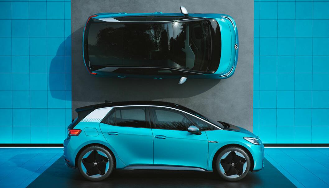 SVENSKTOPPEN: VW ID.3 ble første elbil som topper bilsalget i Sverige.