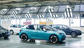 To av tre nye biler er nå elbiler