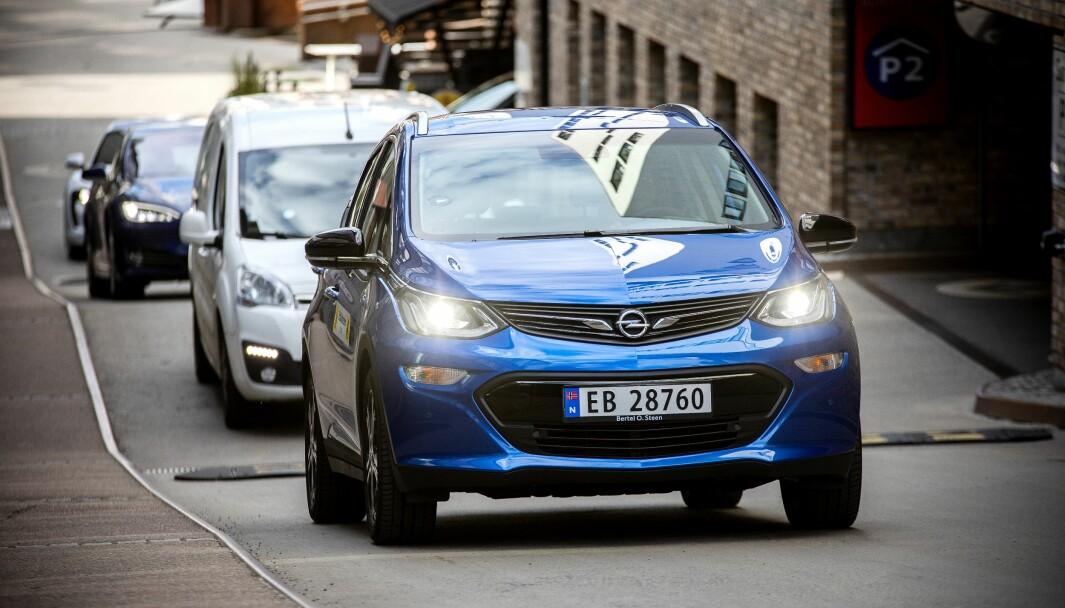 <b>GLEM WLTP:</b> Opel Ampera-e (bildet) slo WLTP med nesten ni mil. I vinter kom den 126 km <i>kortere </i>enn WLTP.