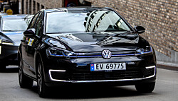 <b>VW E-GOLF</b>