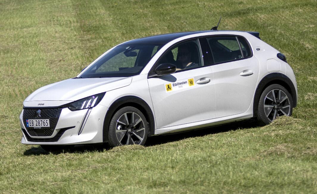 <b>LITEN YNDLING:</b> Peugeot e-208.