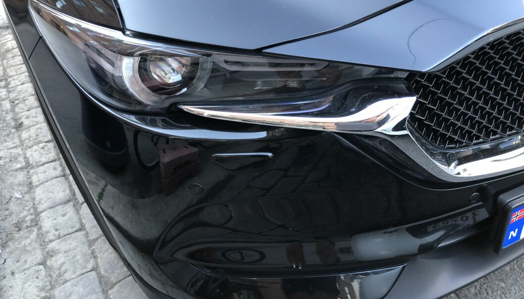 <b>TODELT GRILL:</b> Mazda CX-5