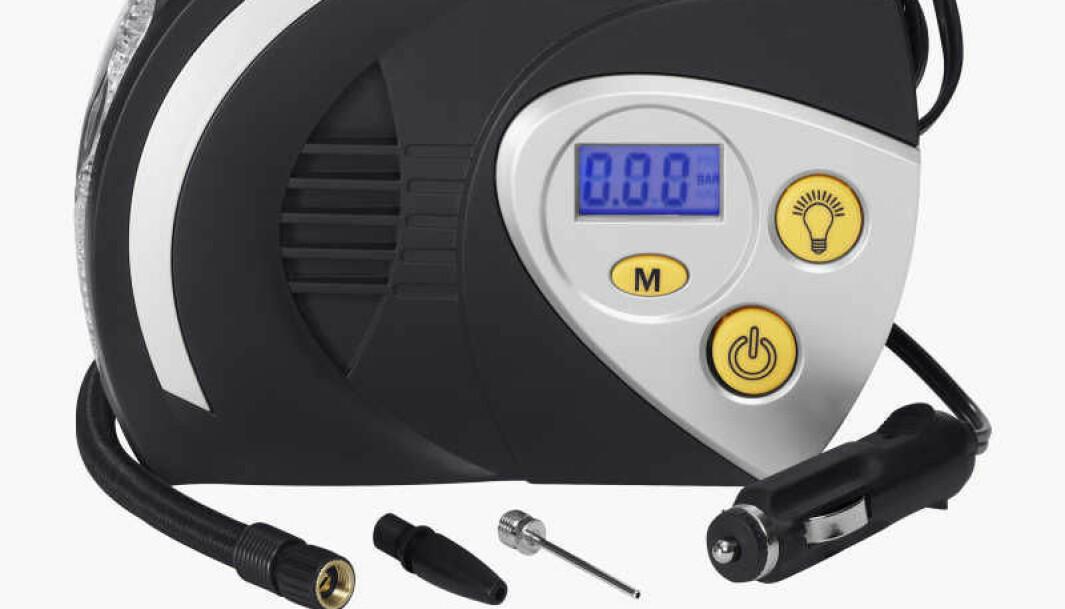 <b>10. Minikompressorer. </b>Pumper alt fra bil- og sykkeldekk til fotballer og badeballer til uante dimensjoner – og kobles med største selvfølgelighet til bilens sigarettenner.