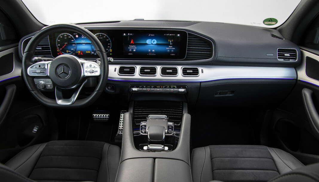<b>I DAG:</b> Mercedes har imponert med innføringen av sitt heldigitale førermiljø. Her i GLE de.
