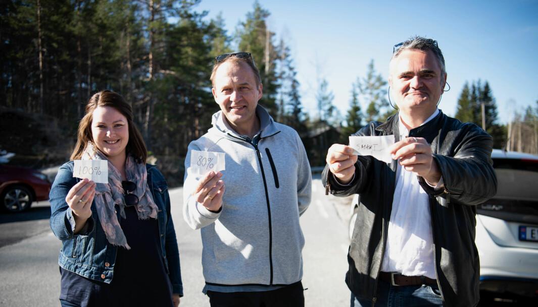 <b>LODD I LADELIVET: </b>Våre testsjåfører Anette Berve, Peter Raaum og Thor Egil Braadland (t.h.) fikk hver sin instruks etter loddtrekning – og skulle lade til henholdsvis 100 prosent, 80 prosent og smartest mulig.