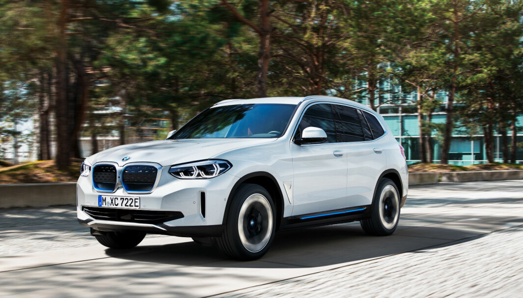NY EL-SUV: BMW lanserer omsider sin elektriske iX3.