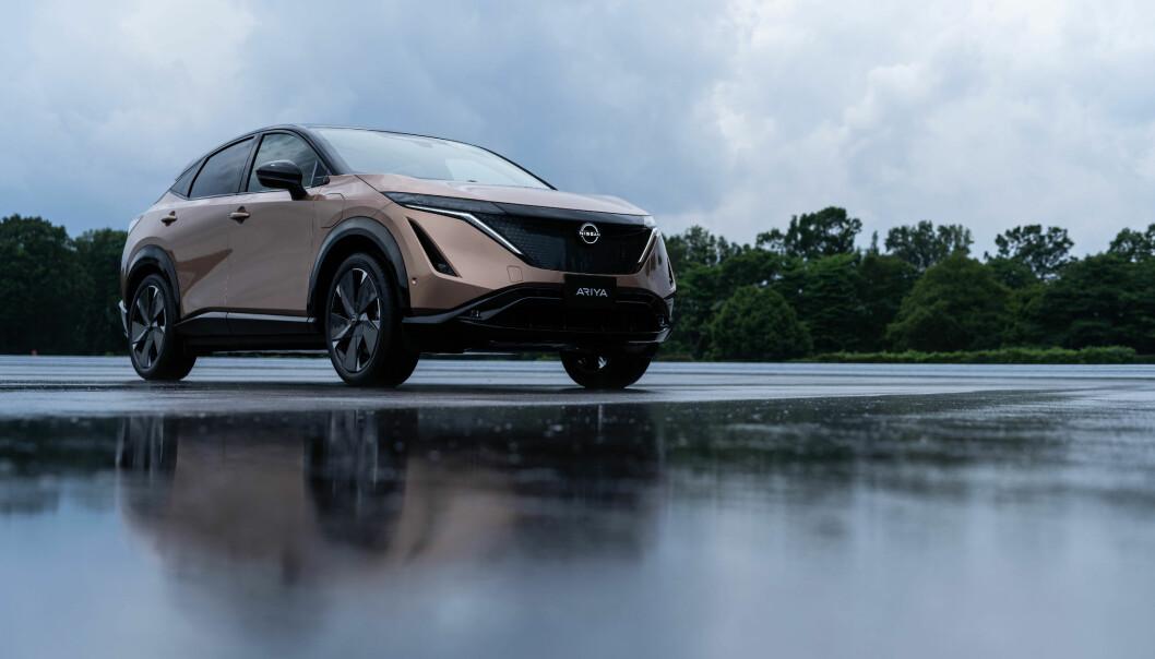 <b>MULIG LETTVEKTER:</b> Nissans kommende elbil Ariya vil med tiden også få et lettere karosseri.