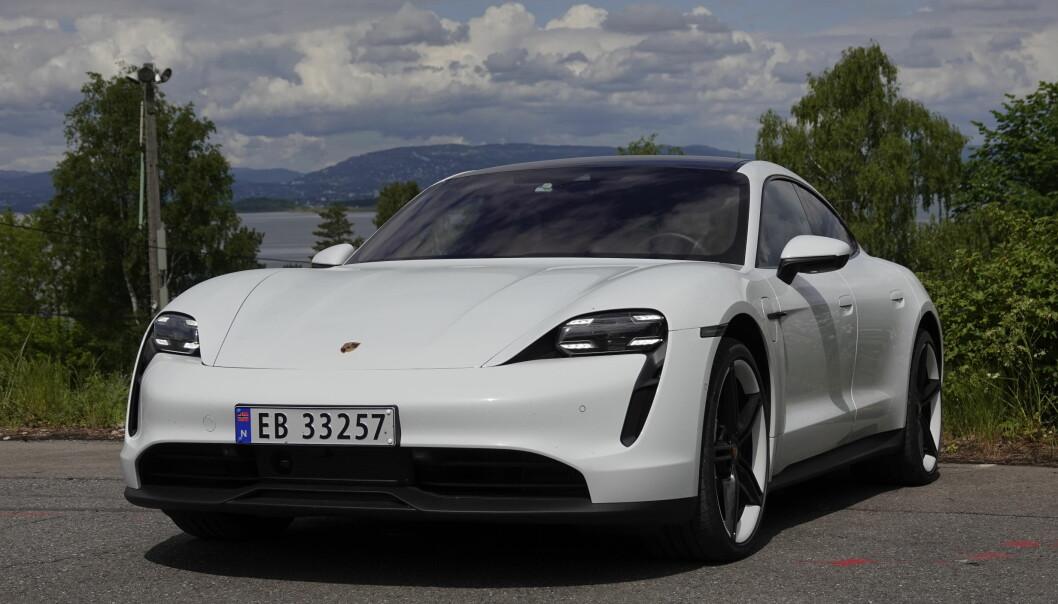 RUSK: Porsche tilbakekaller 43.000 Taycan etter rapporter om tapt kjørekraft.