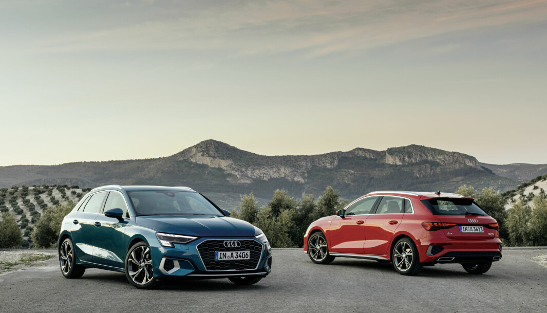 <b>NY GENERASJON:</b> Audi A3 Sportback i henholdsvis «turbo blå» og «tango rød».