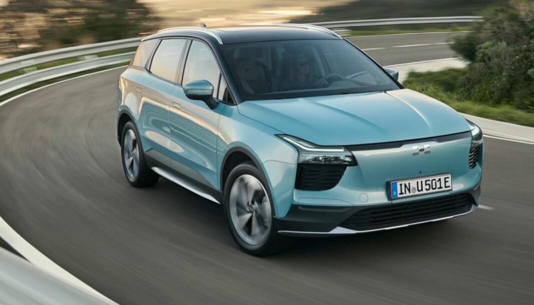 PÅ VEIEN: Kinesiske Aiways har klart å få sin første elektriske SUV – U5 – ut på markedet.