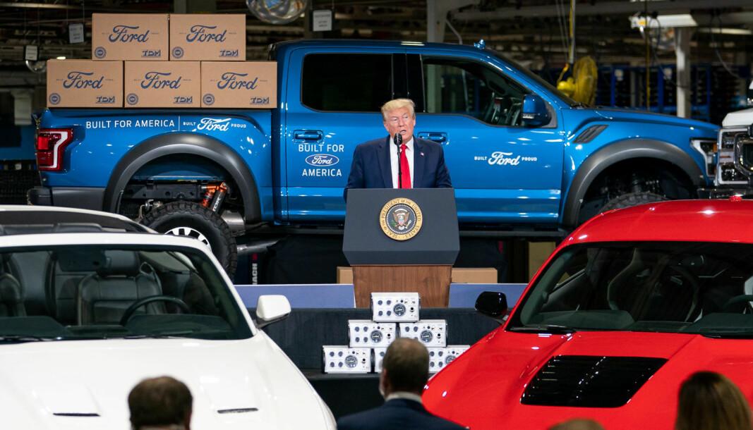 OMSTRIDT: President Donald J. Trump under et besøk på en Ford-fabrikk i Michigan i mai.