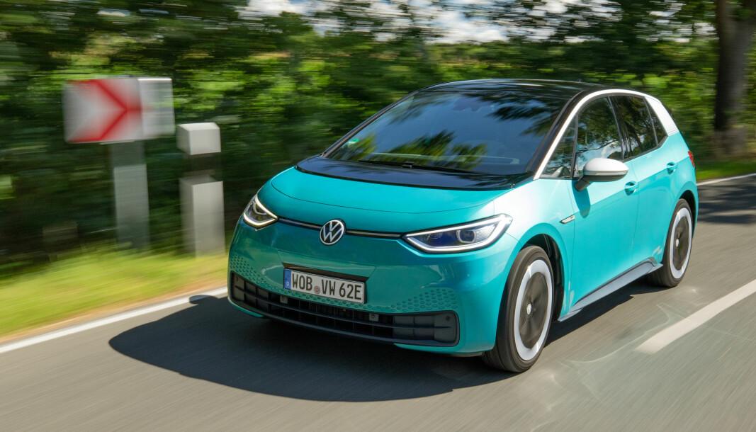 NÅ KOMMER ID.3: Elbilen til VW vil glede mange, mener vår bilekspert etter prøvekjøring.