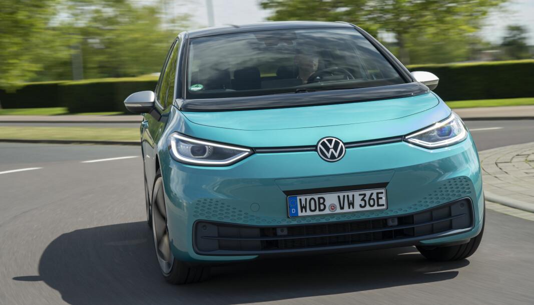 <b>MØTER UTFORDRINGER: </b>Ikke helt uventet støter en del av de første VW ID.3-kunder på tekniske problemer.