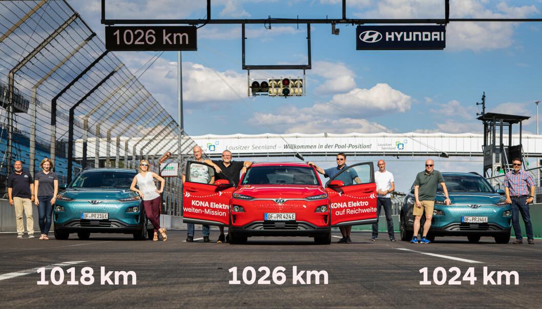 <b>TUSENVIS: </b>De tre testbilene etter målgang på racingbanen Lausitzring.