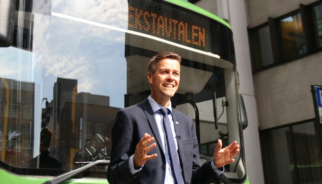 FØLG OSS: EU bør satse på nullvekst i privatbilisme i byene, mener samferdselsminister Knut Arild Hareide.