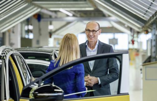 VW-sjefen vil fase ut bensin- og dieselmotorer fra nå