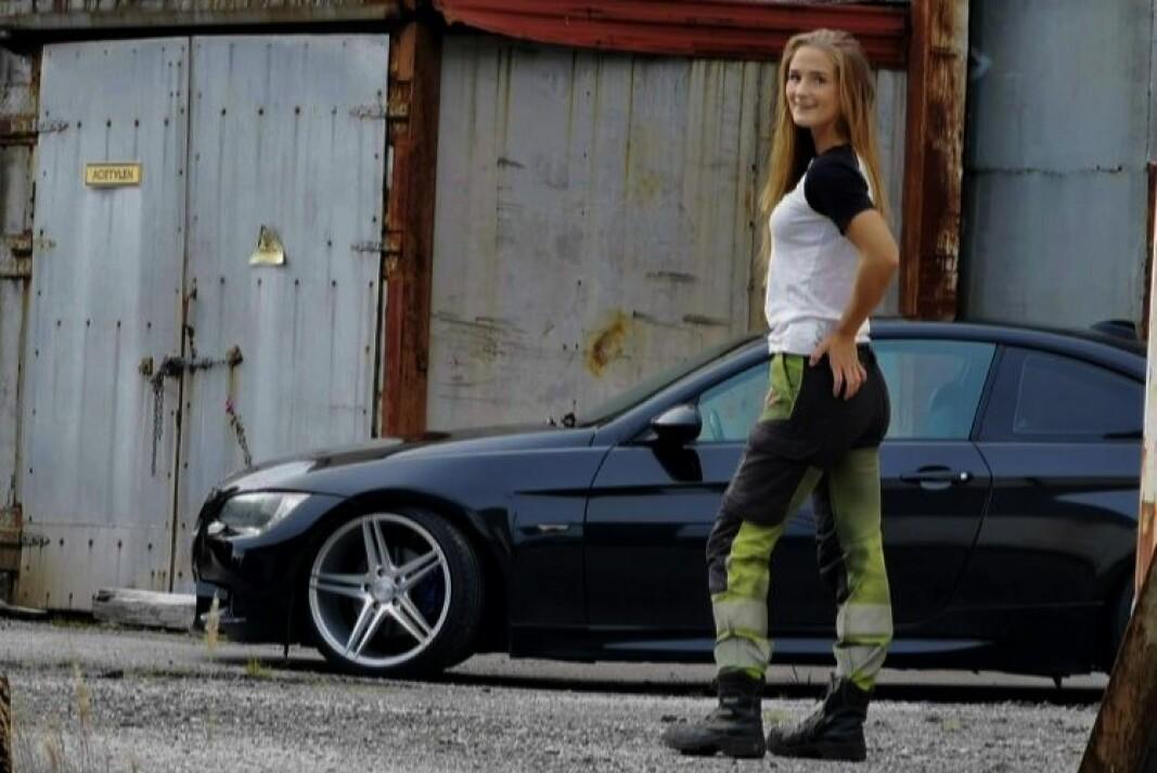 <b>RETT FRA JOBB:</b> Silje Atterås er maskinfører på dagtid, men det går i BMW på fritiden.
