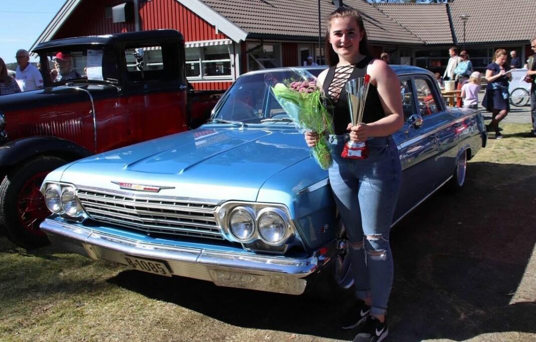 <b>TAR PRISEN:</b> Helen Vikeby har fått mange priser for sin Chevrolet Bel Air 1962.