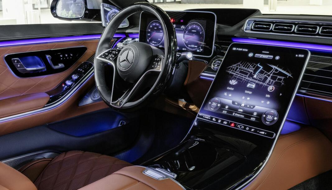 ENDA ETT NIVÅ HØYERE: Ny Mercedes-Benz S-klasse skal representere tysk ingeniørkunst på sitt beste.