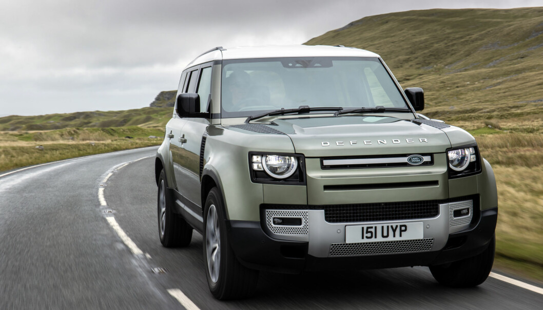 """<span class="""" font-weight-bold"""" data-lab-font_weight_desktop=""""font-weight-bold"""">TESTES: </span>Land Rover jobber med en hydrogen-versjon av Defender, som etter planen skal testes ut på veiene i 2022."""