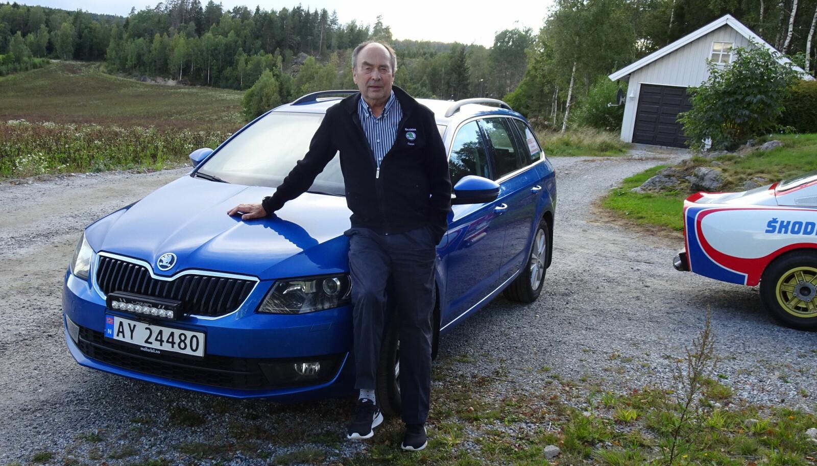<b>EVIG DIN:</b> John Haugland har vært Skoda-trofast siden 1960-tallet og har nå en ny modell i garasjen ved siden av rally-esset 130RS, som han fikk i gave fra den tsjekkiske fabrikken.