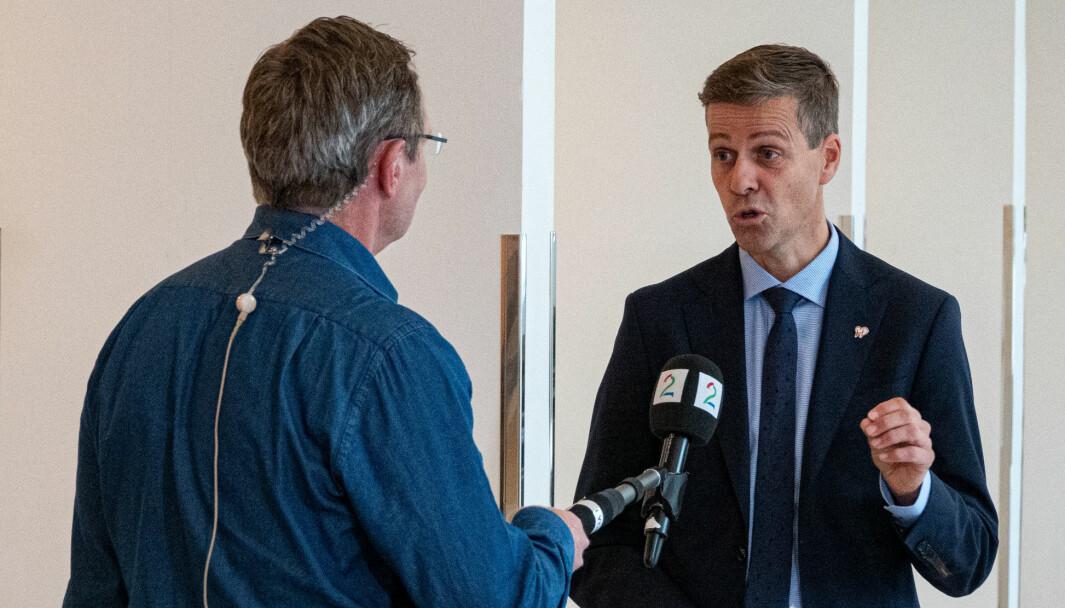 SVARER: Samferdselsminister Knut Arild Hareide har fått mange spørsmål fra transport- og kommunikasjonskomiteen om Nasjonal transportplan.