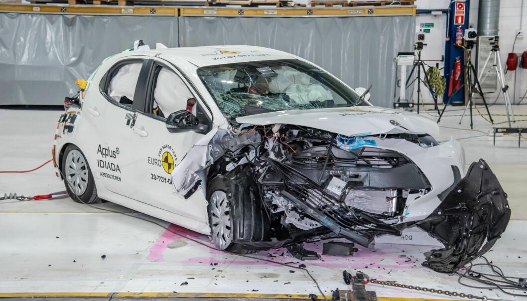 <b>DET GIKK BRA...:</b> Toppscore - tross bilens utseende etter krasjen med ny protokoll.