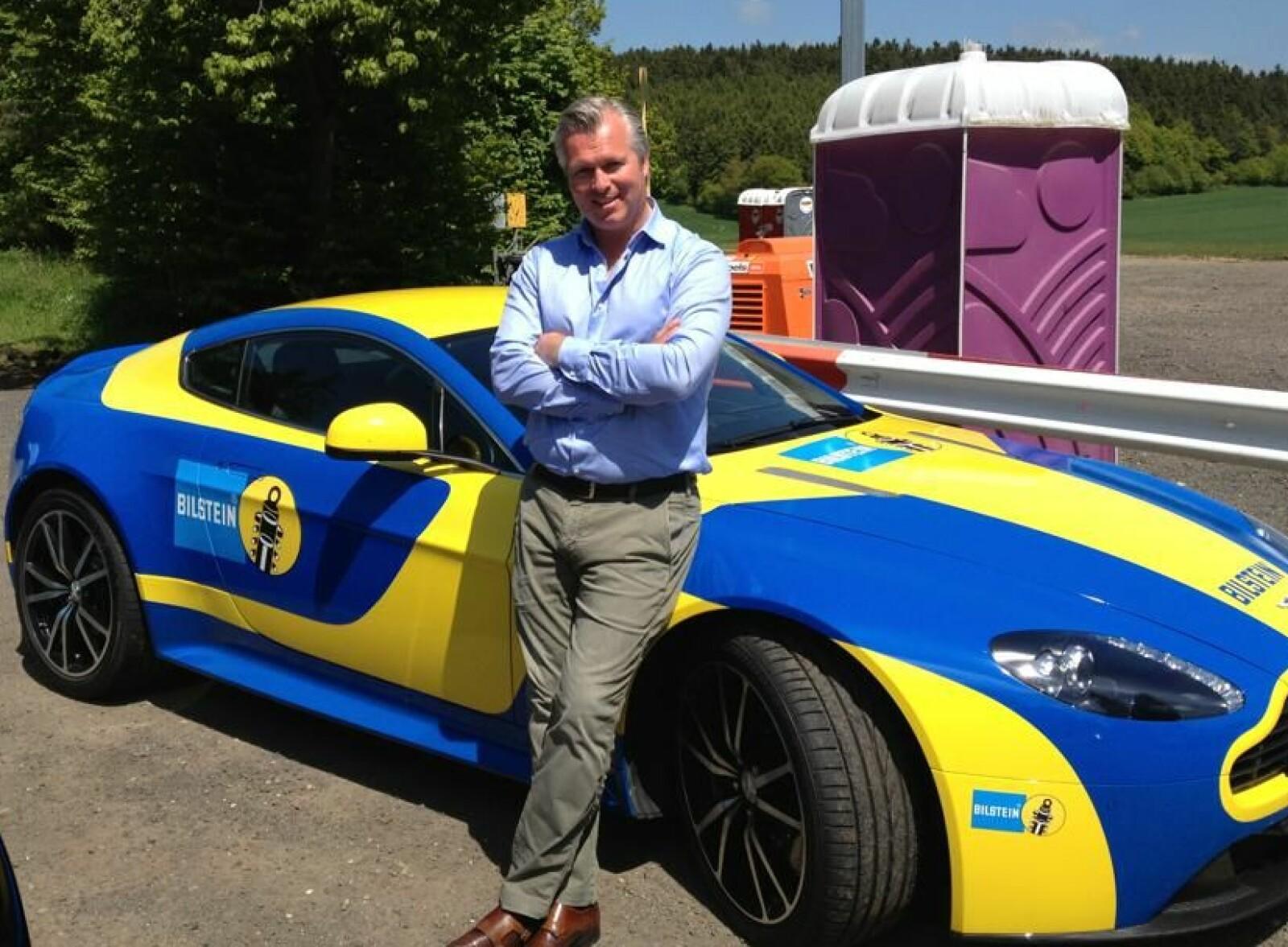 <b>HELT BOND: </b>– Kundene våre kjøper neppe Aston Martin for å leke at de er James Bond, ler Thomas Øvreseth.