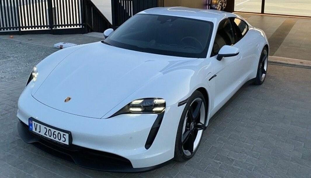 Porsche-eiere skjuler at de har elbil