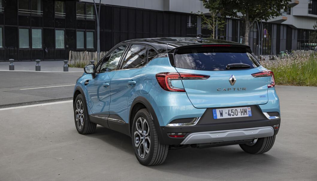 <b>NYTT DESIGN:</b> Også bakfra ser vi at Renault designer biler mange av oss gjerne hadde sett flere av i trafikken.