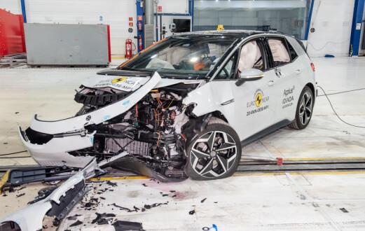 VWs viktigste elbil scorer høyt i nye krasjtester