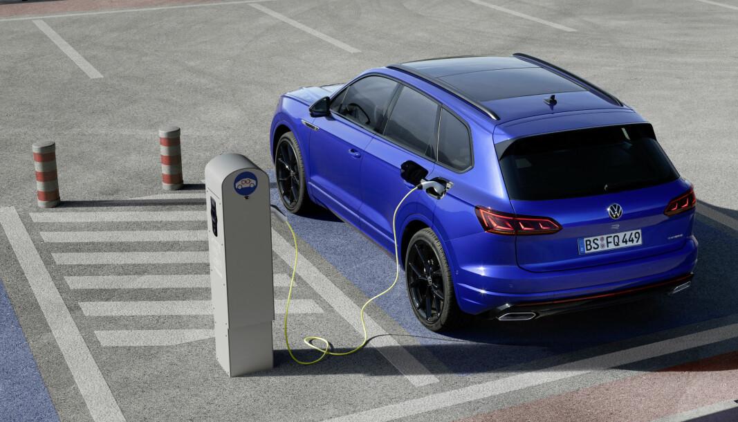 LADBAR TOUAREG: For første gang er en hybrid den kraftigste Volkswagen-modellen på markedet.