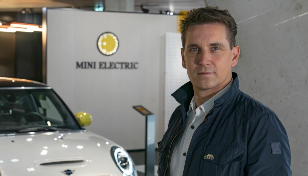 KINA-SATSING: – Det kommer flere elektriske Mini-er, lover Bernd Körper, toppsjef i Mini.