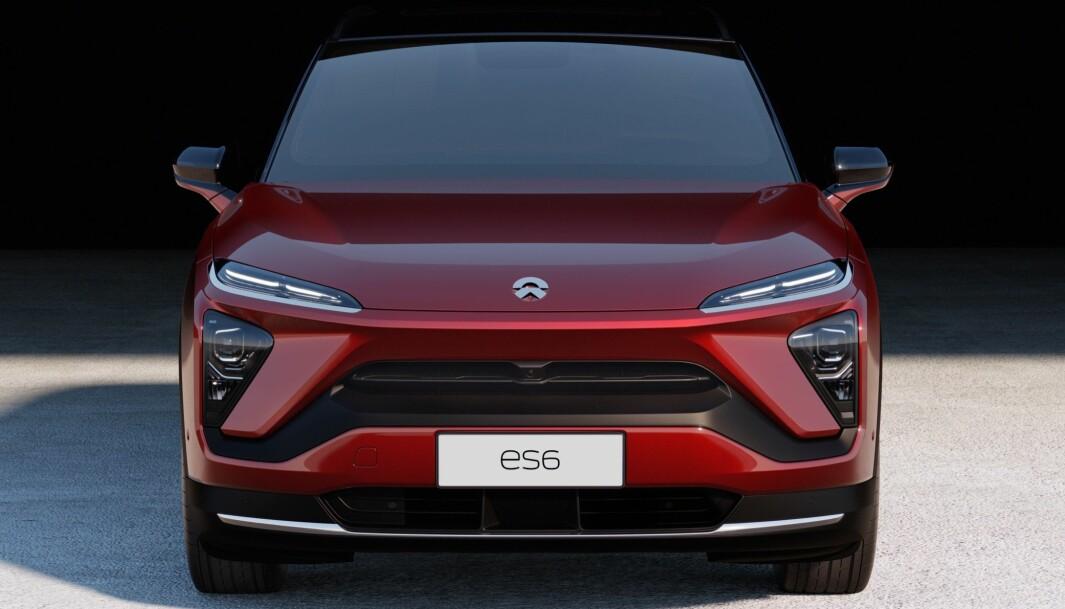 FOSSER FREM: Den kinesiske mellomstore SUV-en Nio ES6 bidro til ny salgsrekord for produsenten i annet kvartal i år og til at elbilsalget skyter i været i Kina.