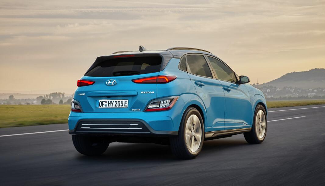 MANGE HOLDER SEG TIL KONA: Globalt er det nå solgt 142.00 eksemplarer av Hyundai Kona Electric.