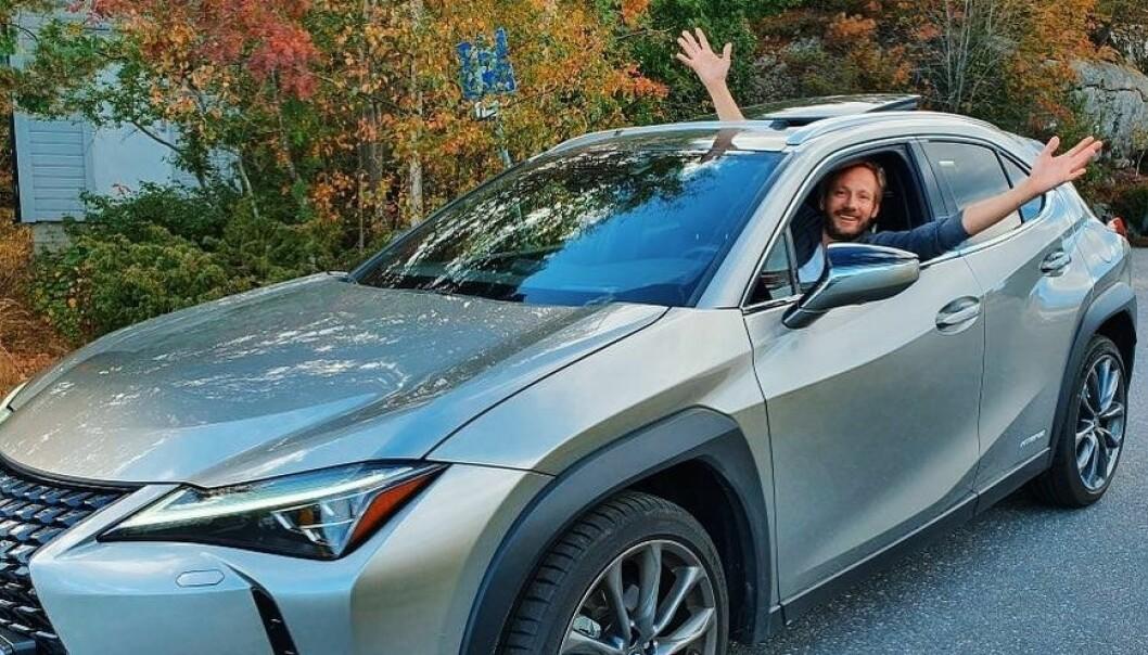 """<span class=""""font-weight-bold"""" data-lab-font_weight_desktop=""""font-weight-bold"""">FYR PÅ KJELEN:</span> Kjendiskokk Kjartan Skjelde stiller på interne Lexus-arrangementer for å skape nye interesse rundt merket."""