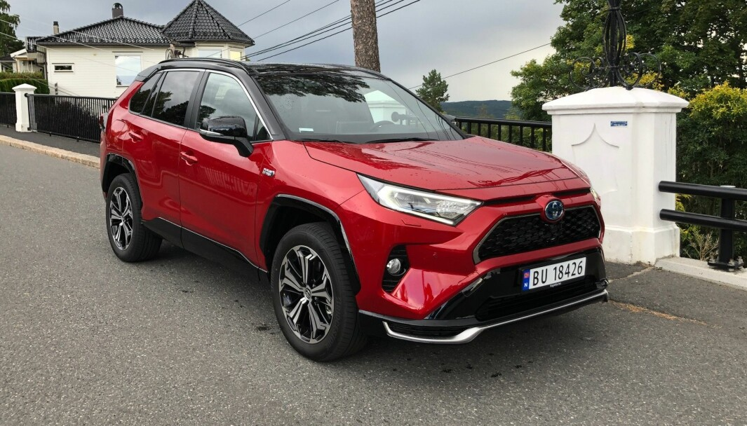 POPULÆR: Toyota RAV4 er blant Norges mest solgte biler i år.