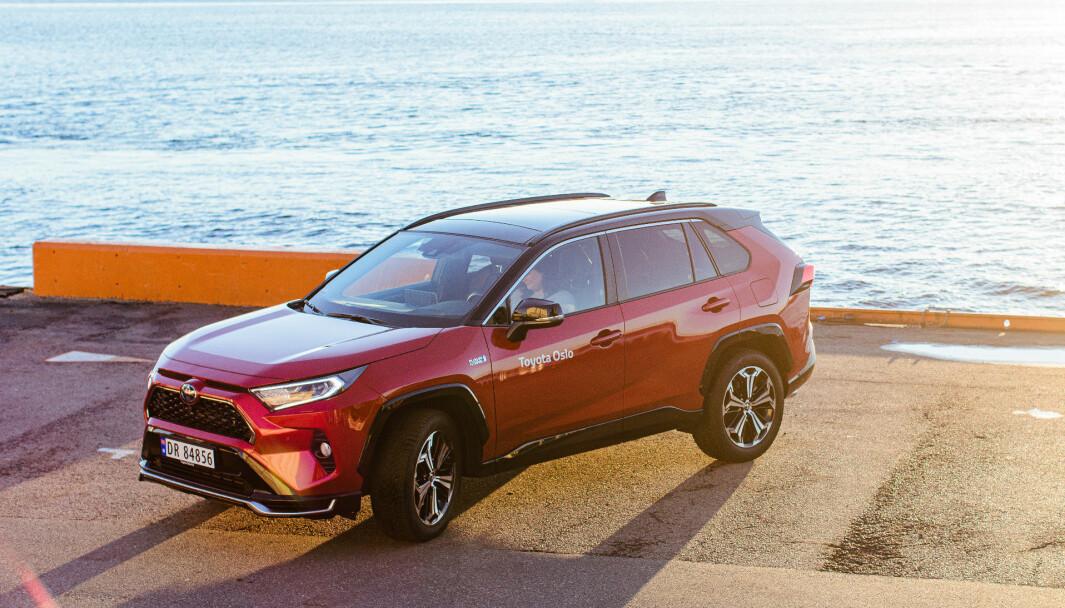 NORSKTOPPEN: Her er bilen flest nordmenn kjøper nå, Toyota RAV4.