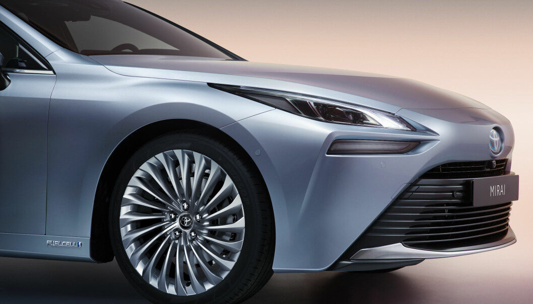 LEXUS-INSPIRERT: Andre generasjon av Toyotas hydrogenbil Mirai kommer snart til Norge.