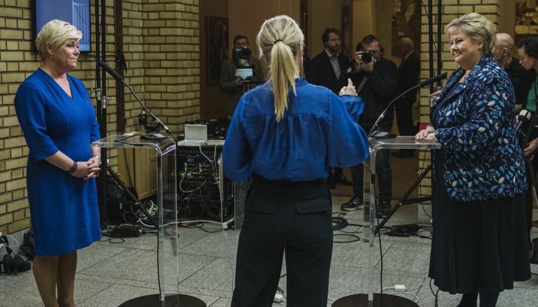 GANSKE ENIGE NÅ: Statsminister Erna Solberg (t.h.) og Frp-leder Siv Jensen i debatt etter fremleggelsen av statsbudsjettet i oktober.
