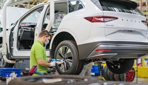 Ørsmå databrikker gir bilindustrien kjempetrøbbel