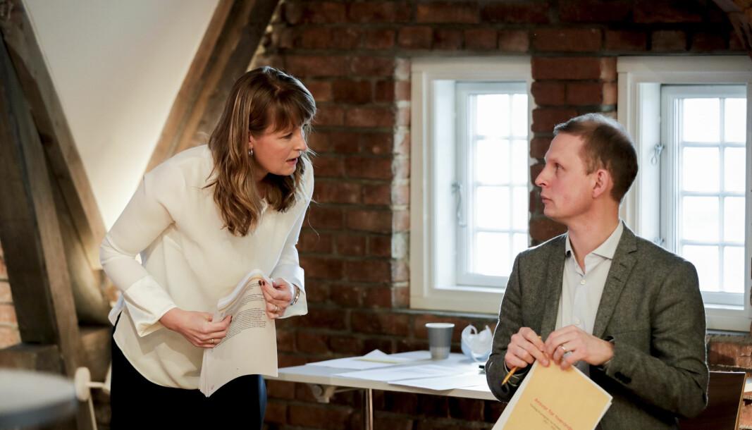 UTSLIPPSDEBATT: KrF-nestleder Ingelin Noresjø og programkomiteens leder Erik Lunde under lanseringen av programutkastet i november.