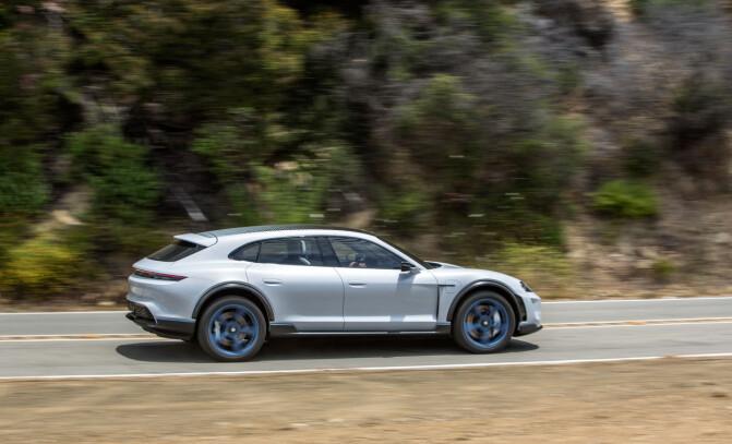Porsche åpner for reservasjon av ny elbil