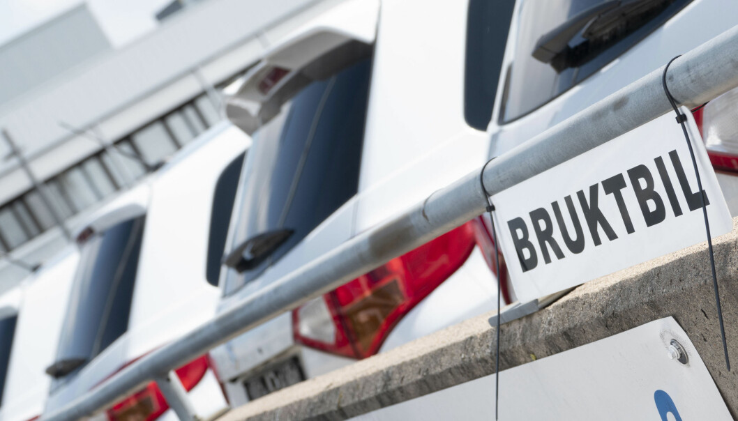 OMFATTENDE TILTALE: En tidligere bilselger må svare for tiltale om bedrageri og dokumentfalsk.