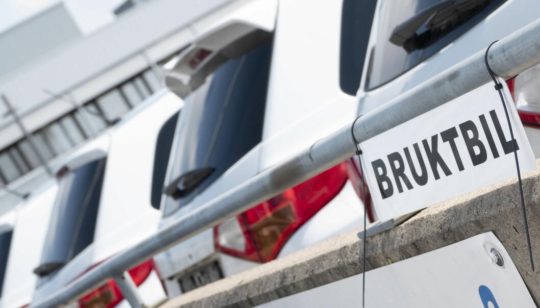 BRUKTBILREGISTER: NAF og bilbransjeforbundet mener at registeret skal være offentlig.