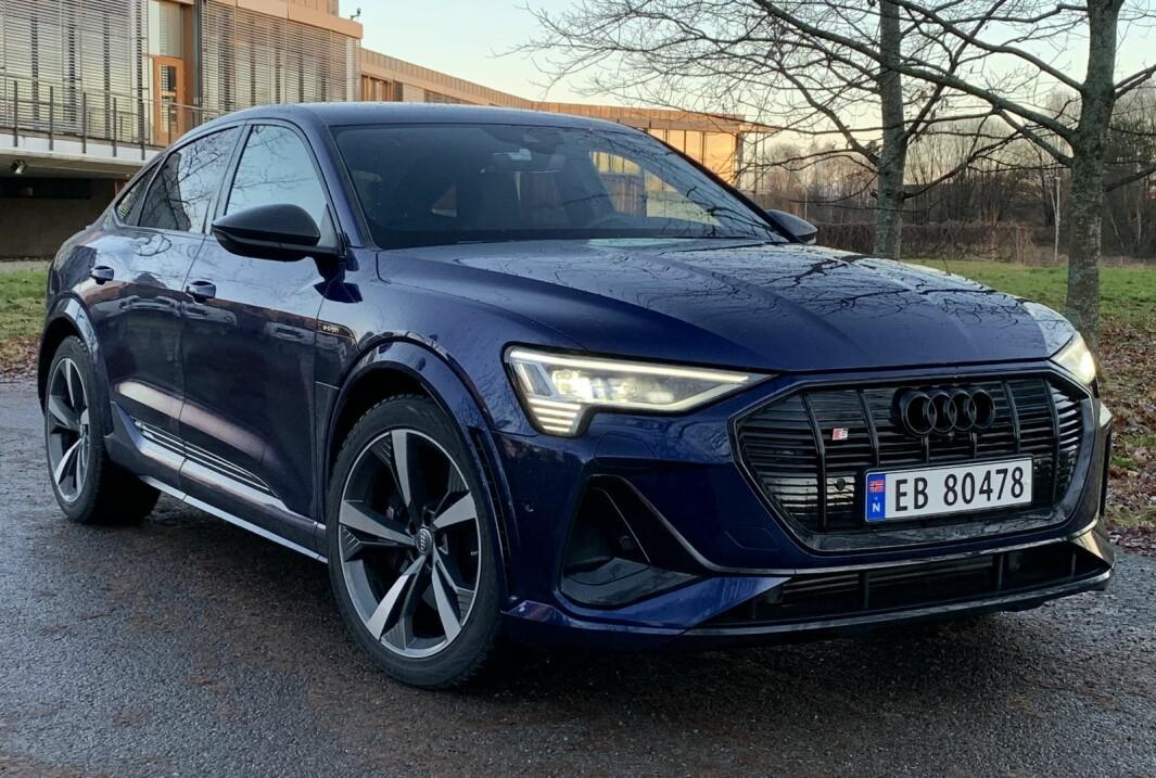 KLAR TIL SPRANG: Det er noe sammenkrøpet over den sterkeste og mest sportslige utgaven av Audi e-tron.