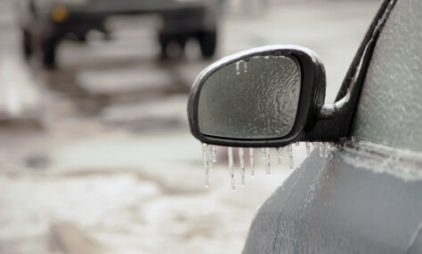 Vurder å la bilen stå hvis du opplever underkjølt regn i jula