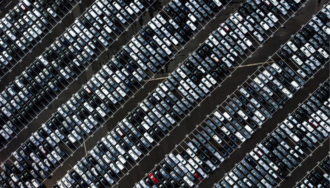 MER PÅ LAGER: Bilsalget falt i 2020.
